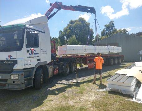 crane truck melbourne